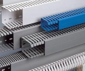 Чем отличаются перфорированные кабельные короба