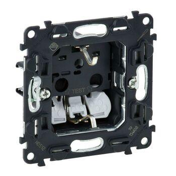 Механизм розетки 1-м СП Valena In'matic 16А IP20 250В 2P+E защ. шторки безвинт. клеммы Leg 753030